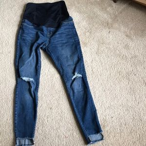 Ingrid & Isabel Maternity Jeans - Maternity full belly destroyed denim, so perfect!